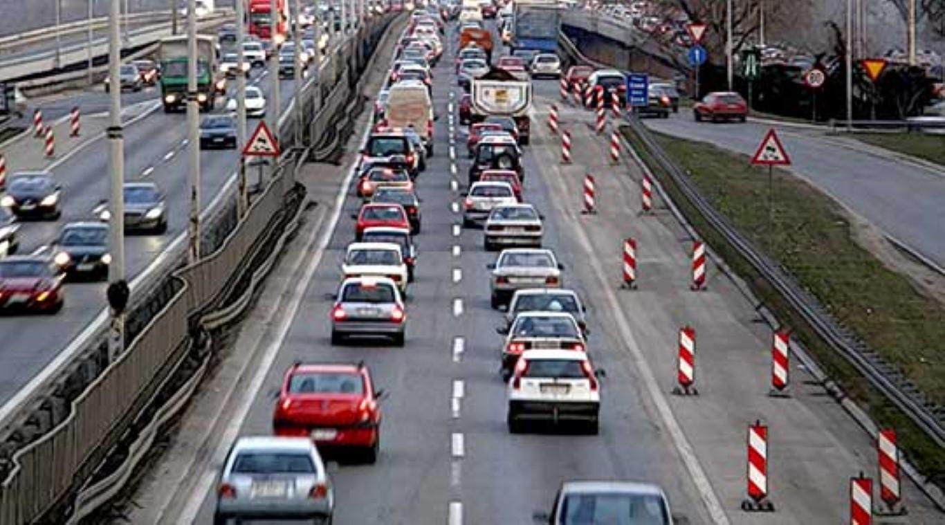 Интензивиран патниот сообраќај надвор од градовите