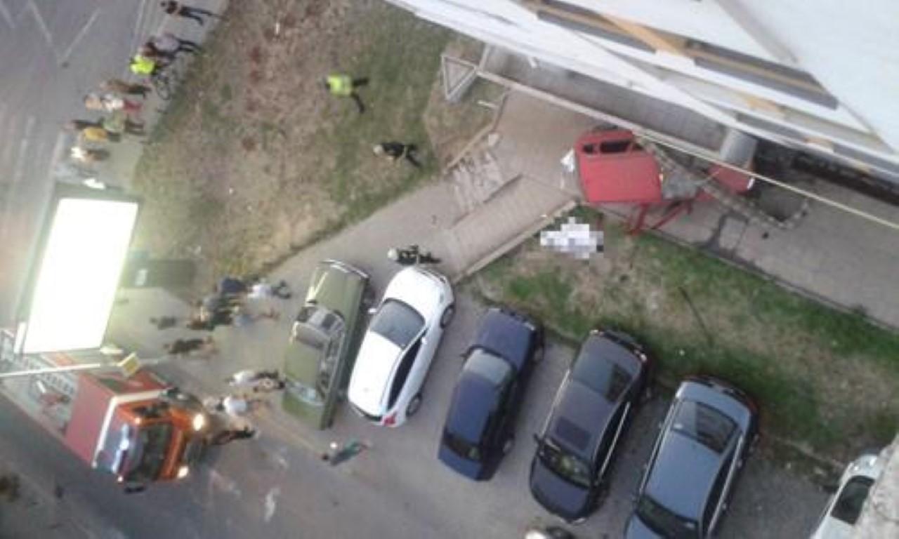 """Сообраќајна несреќа во Скопје: Автомобил удри девојка кај ТЦ """"Зебра"""""""