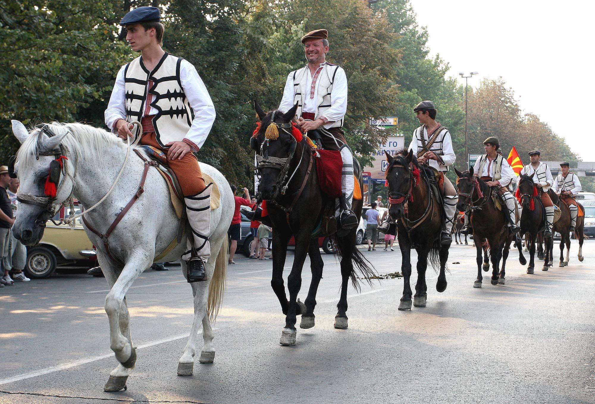 Коњаниците тргнуваат за Крушево