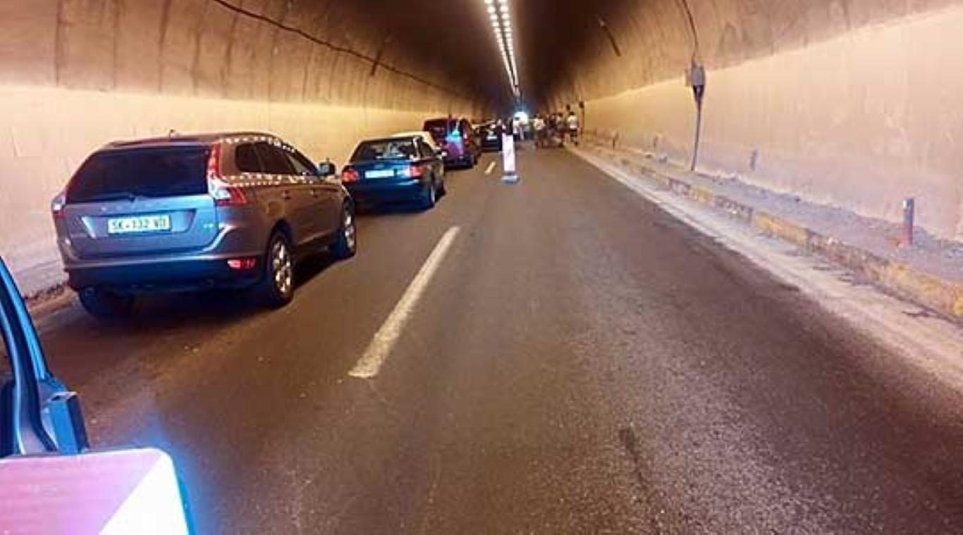 Едно лице повредено во сообраќајка кај тунелот Катланово