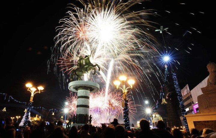 Дубиоза Колектив и Кирил Џајковски ќе пејат во Центар за Новогодишната ноќ