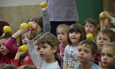 """Повеќе од илјада насмеани деца од скопските градинки беа дел од """"Органската фарма на фармерот Марко""""!"""