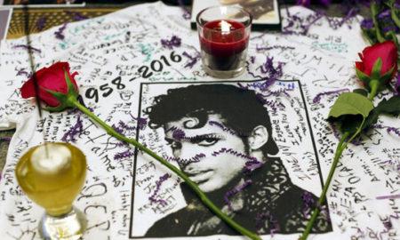 Илјадници луѓе жалат за Принс: Солзи, цвеќиња, свеќи и пораки за заминувањето на музичката легенда