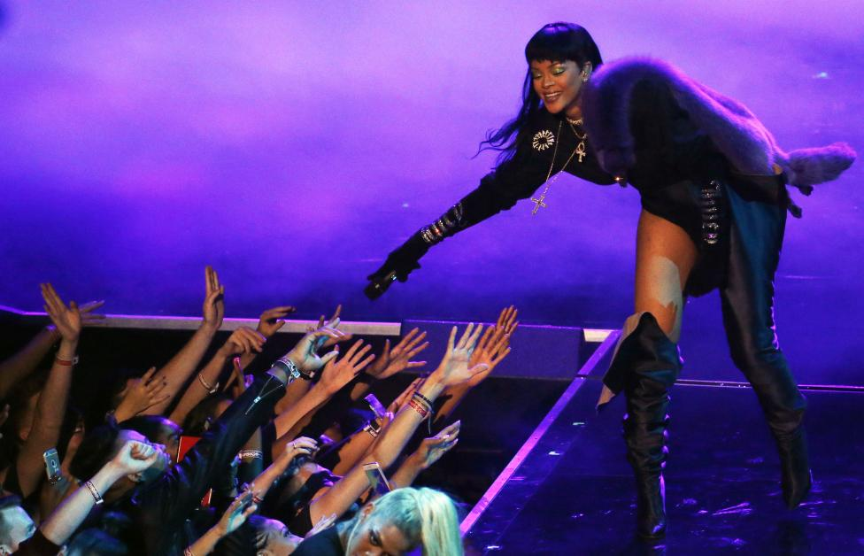 Rihanna performs during the 2016 MTV Video Music Awards in New York