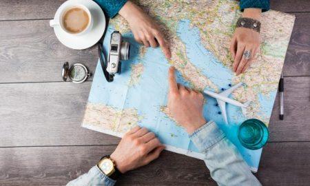 Оставиле се и пет години патуваат низ светот со 20 евра дневно