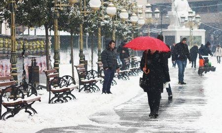Снежната покривка до утре ќе се зголеми и до 40 сантиметри!