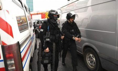 "Убиено едно лице на парискиот аеродром ""Орли"" при обид да нападне воена патрола"