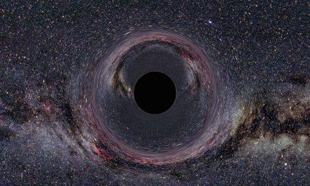 Научниците прв пат навлегле во црна дупка и го снимиле нејзиниот хоризонт