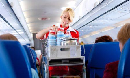 Вработените во авиокомпаниите открија осум тајни за својата работа