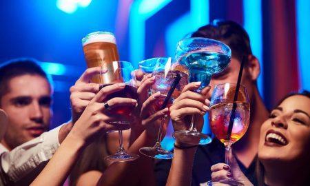 Алкохолот може да им помогне на луѓето потечно да зборуваат странски јазик