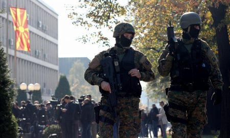 """Засилено полициско присуство кај Кривичен суд за """"Дива населба"""""""