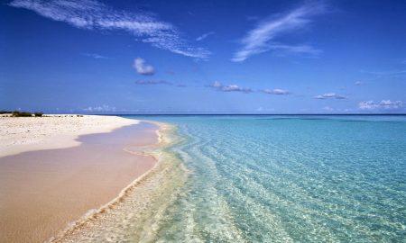 Грејс Беј - најубава плажа во светот