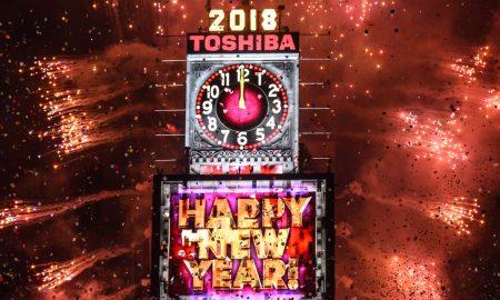 Прославата на Новата година во светот со огномет и големи мерки за обезбедување