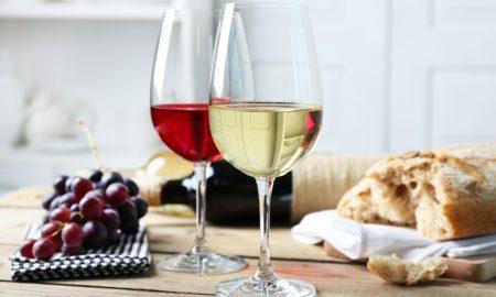 ИСТРАЖУВАЊЕ: Десет чаши вино неделно скратува две години од животот