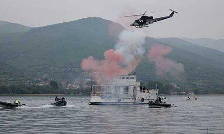 МВР изведе вежба со напад на пловен објект во Охридското Езеро