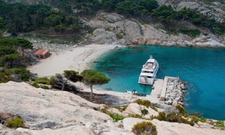 Островот Монте Кристо - најнедостапното туристичко место во Италија