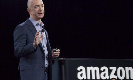 НОВА ЛИСТА НА ФОРБС: Џеф Безос прв на листата најбогати луѓе во светот